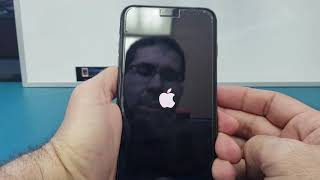 How to force restart/turn off your iPhone 8 or X if it stucks on the apple logo or it won