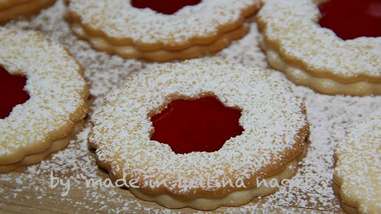Christmas Cookies With Jam Hildabrotchen