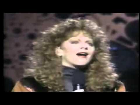 Reba McEntire  - For My Broken Heart - Live