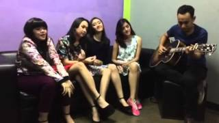 Setia ( acoustic cover) - Blink and Pongki Barata