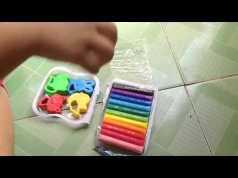 Nặn đất sét - Trò chơi dành cho trẻ em