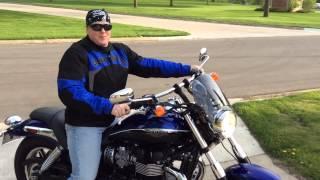 Jay's New 2013 Triumph Speedmaster / Buddy Stops By On Bike