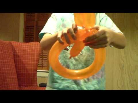 how to make a parrot balloon animal
