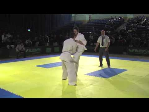 Aka Jonathan Mendoza GB Sokyokushin v Shiro Robert Greig BKK Docklands