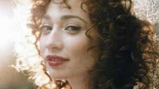 Watch Regina Spektor I Want To Sing video