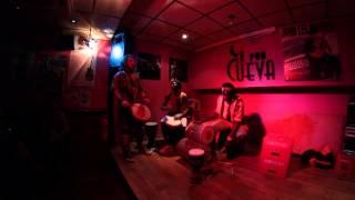 Directo de Baay Faal en Pub La cueva, Almería, 9 De agosto de 2013.