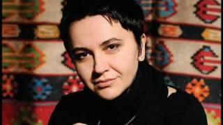 Amira Medunjanin - Ah sto cemo ljubav kriti