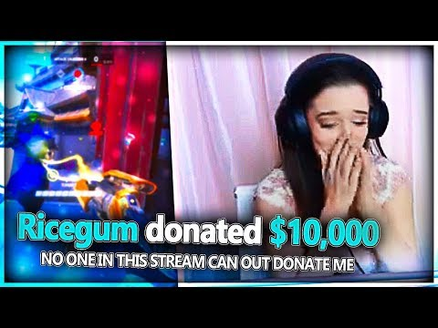 DONATING MONEY TO ATTRACTIVE TWITCH STREAMERS