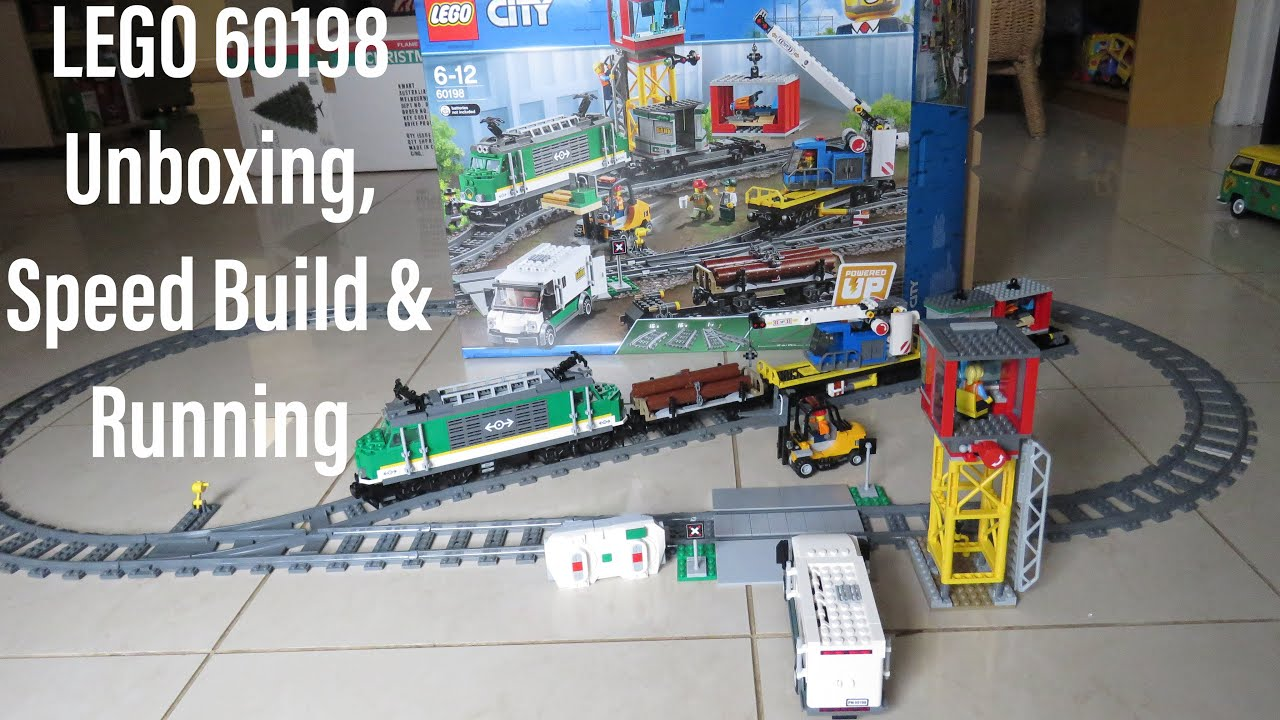Lego City Train Railway Level Crossing Buffers Passenger Cargo from 60198 NEW