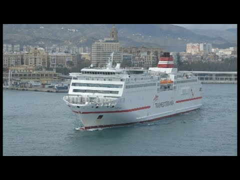 Malaga Port and things to see a short walk from port