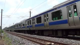 ハンパじゃない速度で通過する常磐線の列車たち