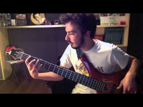 Toto - Waiting for your love ( Bass cover by Mario Urciuoli )