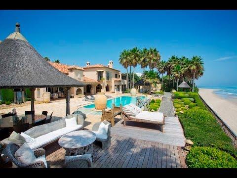 Luxury Frontline Beach Villa in Los Monteros