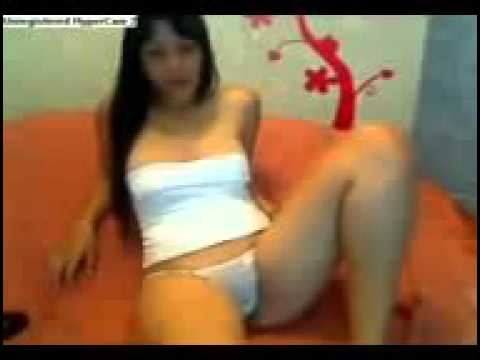 Meninas se exibindo na web cam