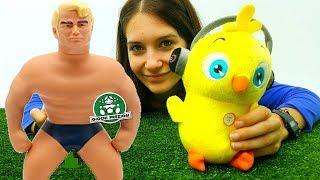 Emjoy Popò  Mister Muscolo e una bambola - video divertente per bambini - giochi pazzi  e sciocchi!