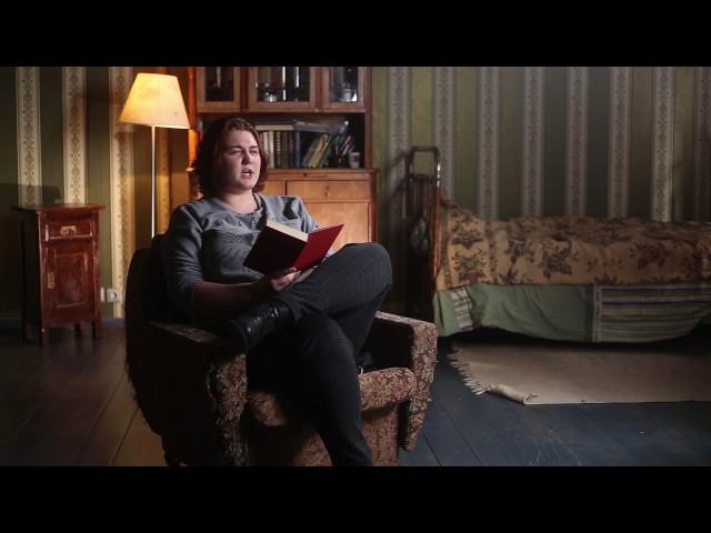 Изображение предпросмотра прочтения – «МИТРО 3 курс Кинооператоры, 1493 кино(з)» читает отрывок изпроизведения «Облако в штанах» В.В.Маяковского