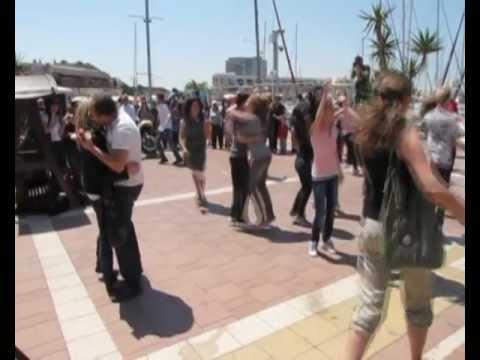 Best Flashmob Proposal Marry You Lenadan Youtube