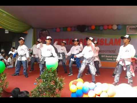 KUN ANTA  BOYS DANCE (Boy's in action)