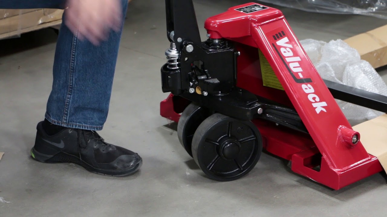 How-to adjust the handle on your pallet jack - YouTube