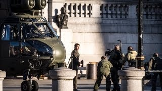 "RAF Puma lands in Trafalgar Square with Tom Cruise: filming of ""Edge of Tomorrow""."