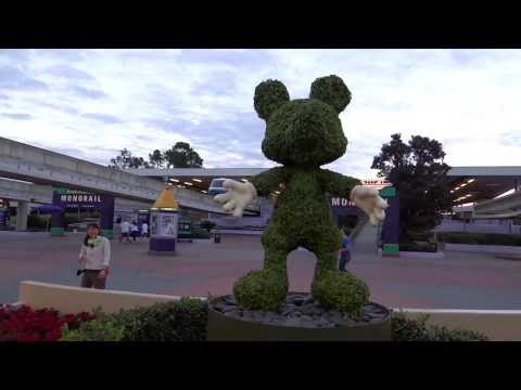 Walt Disney World - Transportation and Ticket Center - Mickey and Minnie Topiaries HD (2013)