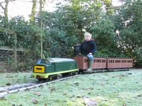 Electric Train on 5 inch Ride On Garden railway - YouTube