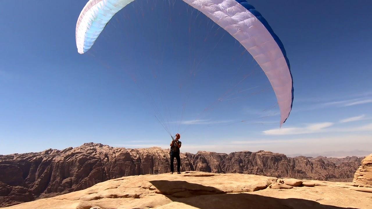 Подняться на гору и слететь - Climb and Fly - Wadi Rum, Jordan