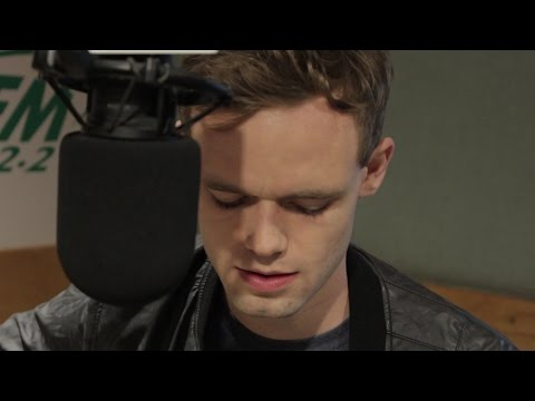 James TW Performs 'When You Love Someone' Live