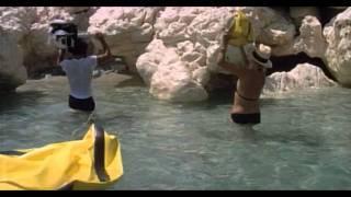 Travolti Da Un Insolito Destino Nell'Azzurro Mare d'Agosto (Lounge Cinematica Edit)