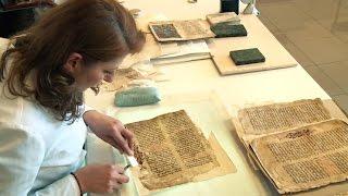 Ձեռագրերի պատմական տեսքը վերականգնող, պահպանողները