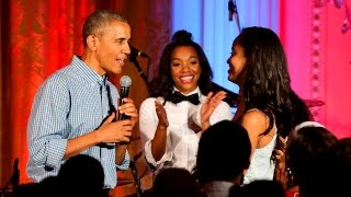 Video President Obama, Kendrick Lamar and Janelle Monáe sing 'Happy Birthday' to his daughter download MP3, 3GP, MP4, WEBM, AVI, FLV Juli 2018