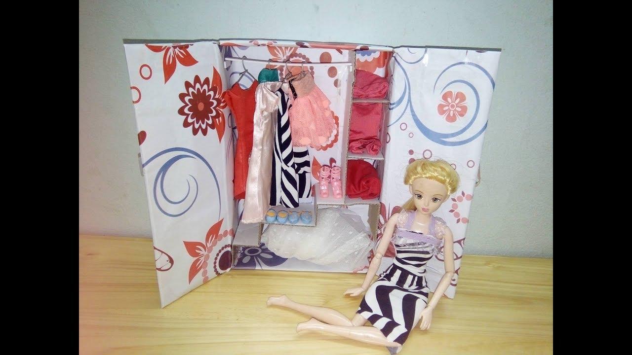 Làm tủ quần áo cho búp bê từ thùng catong