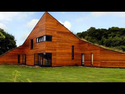 Landhouse: A Sloping Prefab Home Complete with Meadow Roof
