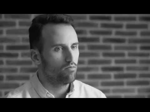 Descubre la historia de Bruno Marín, CEO de Colovrs con IEC
