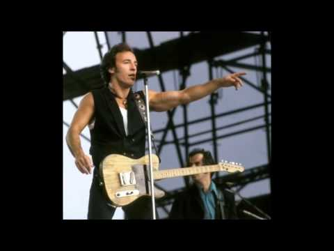 Born in the usa ( live the best version )  bruce springsteen