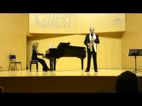 Ai que linda moça. Halffter, Miguel Garrido (saxo) Monica Medina (piano)