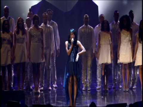 Alexandra Burke - Hallelujah - Live at O2 with Elton John - 2009