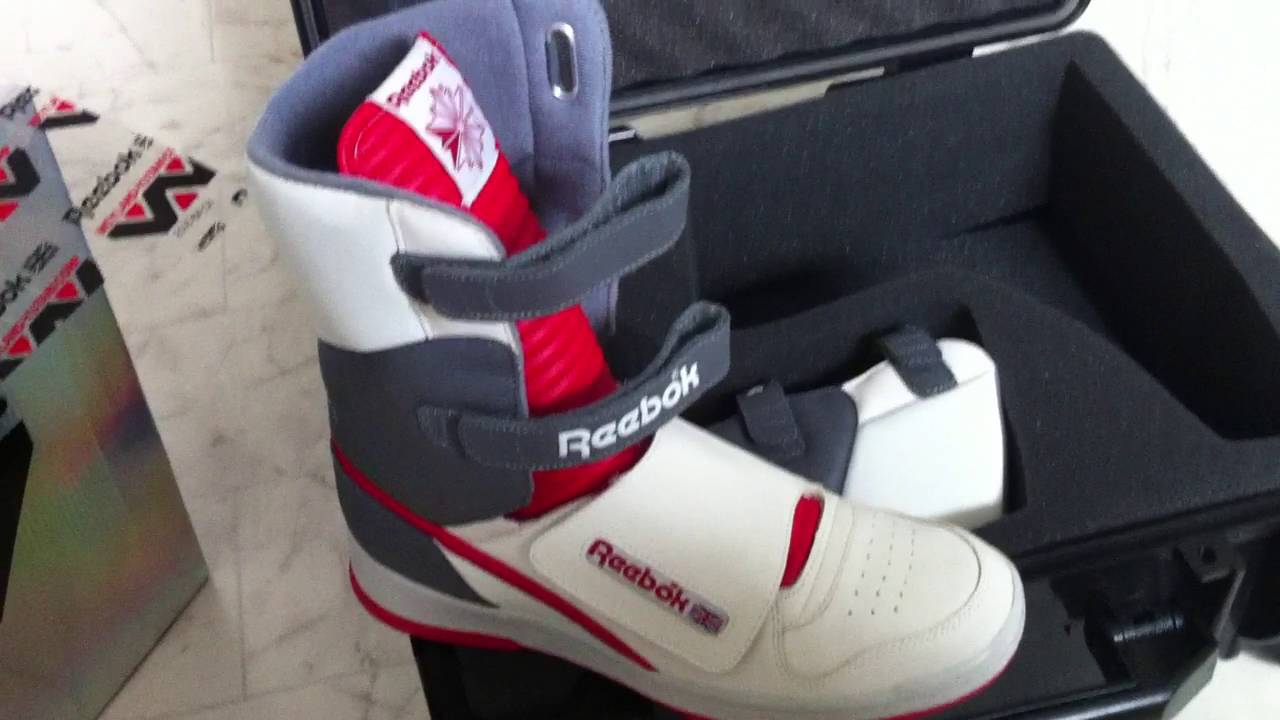 fa0315ad14b551 Reebok Alien Stomper Hi Review - YouTube