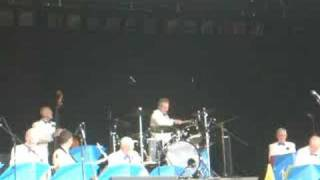 Bob Howard drum solo Leave us Leap