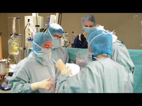 Chirurgie cardiaque  entre humanité et technicité par APHP Assistance Publique   Hôpitaux de Pari