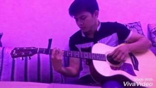 Guitar Phía Sau Một Cô Gái