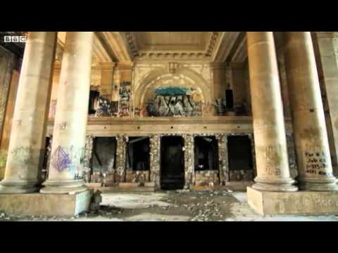 BBC News   Detroit the ruins left behind when city loses half its population