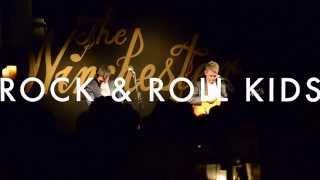 Neil Byrne and Ryan Kelly - Rock 'n' Roll Kids (Live)