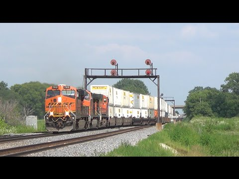 BNSF's Chillicothe Subdivision: A Railroad Superhighway [HD]