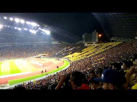[FULL CHANT] Ultras Malaya Gegar Shah Alam | Ayuh Malaysiaku! KL Sea Games 2017