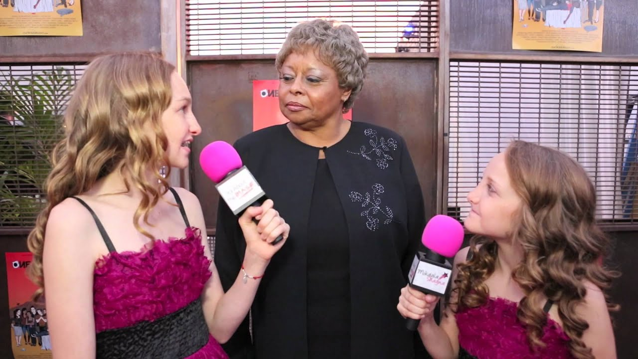 Download Betty White Off Their Rockers Actress Reatha Grey Interview at ONE WARM NIGHT Red Carpet Premiere
