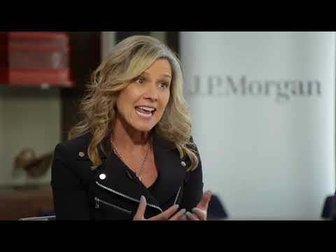 Kohl's CEO: Shrinking Stores and Growing Sales | Mad Money ...