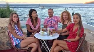 Девушки на яхте. Обучение яхтингу девушек в яхтенной школе ЯХТ ДРИМ
