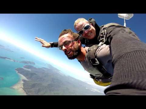 Skydiving Airlie Beach Whitsundays  Australia