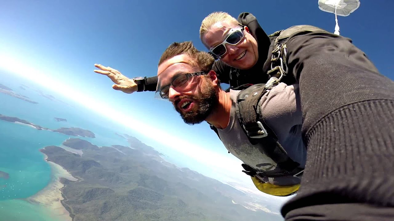 Skydiving Airlie Beach Whitsundays Australia